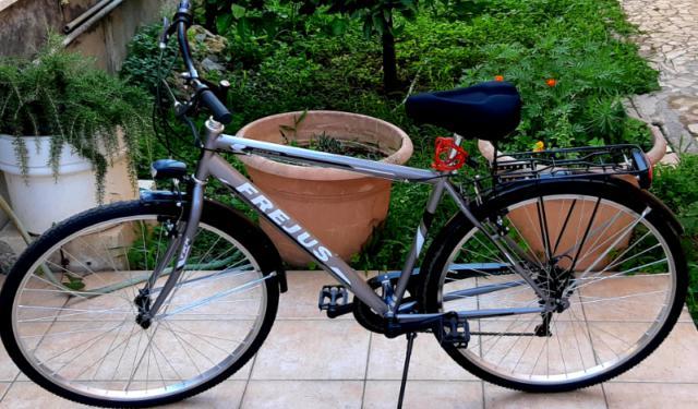 Bicicletta Trekking Usata Annunci Agosto Clasf