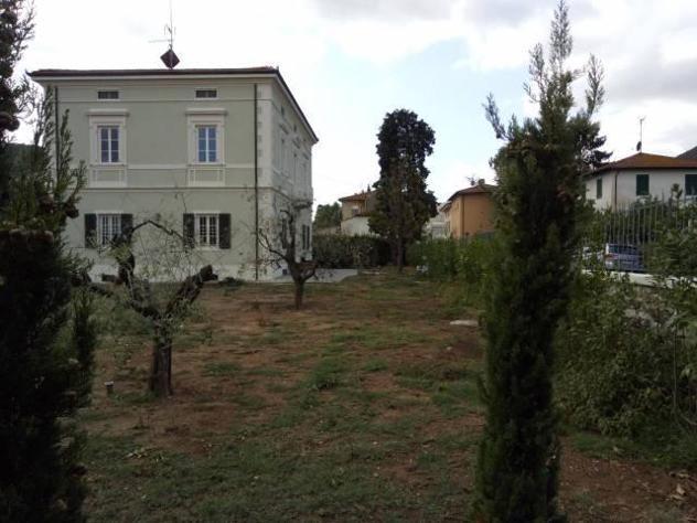 Villa singola in affitto a lucca 450 mq rif: 616457