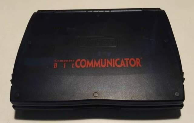 Computer portatile bit comunicator+alimentatore