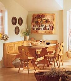 Cucine in legno: panca,tavolo,sedie soggiorni completi a
