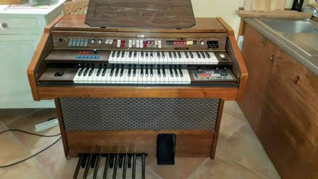 Organo elettronico farfisa 251 rse