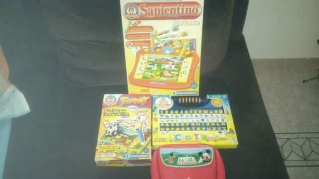 Giochi educativi elettronici e computer kid
