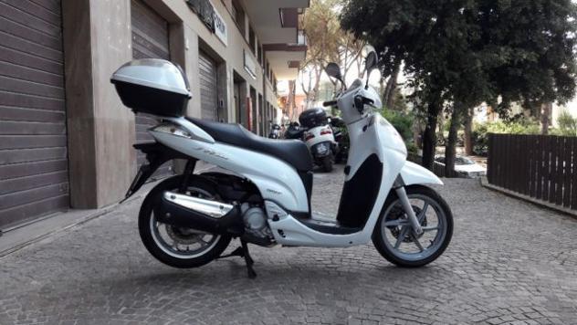 Honda sh 300 i honda sh 300 rif. 11813484