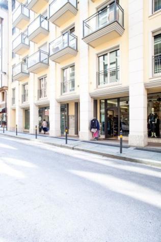 Appartamento di 135 m² con 4 locali e box auto in vendita a