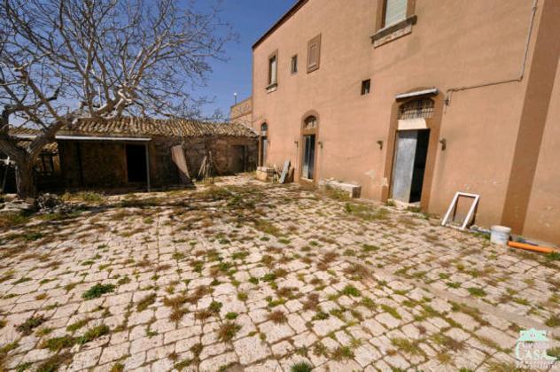 Casa rurale 5 locali a ragusa rif: 7826