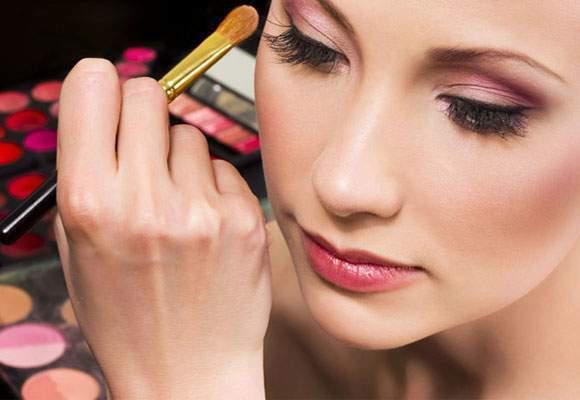 Corso di trucco per imparare a truccarsi con wonder makeup