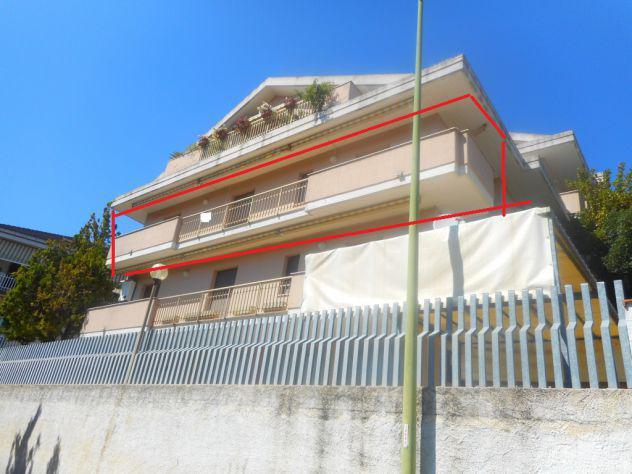Pescara colli,poste via di sotto, quadrilocale 90mq, piccola