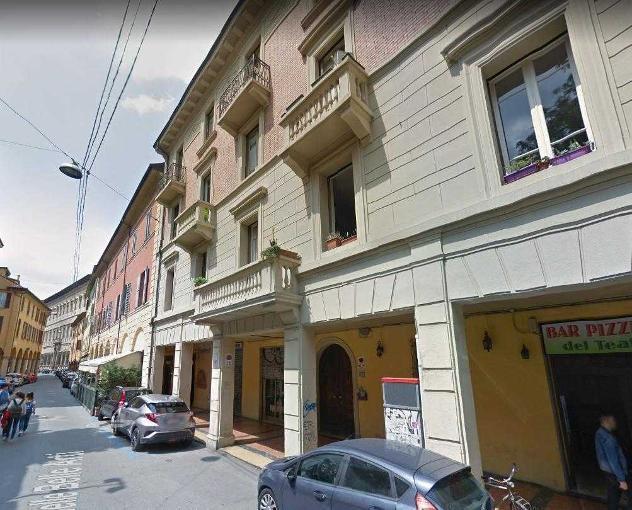 Quadrilocale in vendita a bologna, centro storico