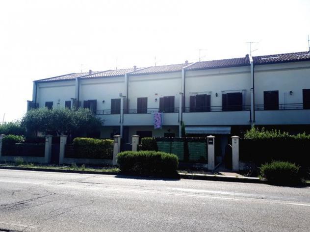 Villetta a schiera di 165 m² con più di 5 locali e box