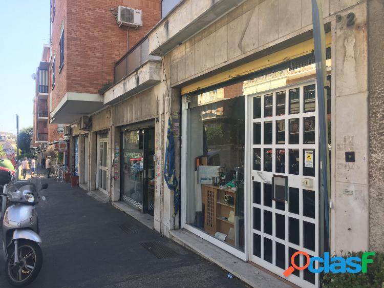 Torrevecchia - negozio 2 locali € 120.000 nt206