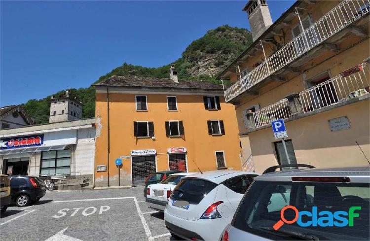 Appartamento al 1 piano con terrazzo in vendita