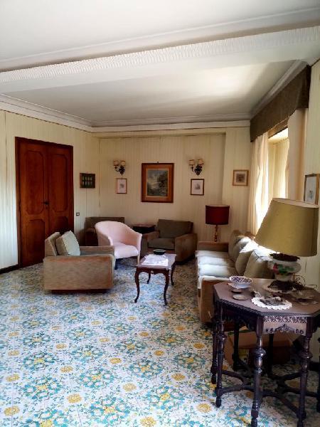 Appartamento 8° piano con vista panoramica
