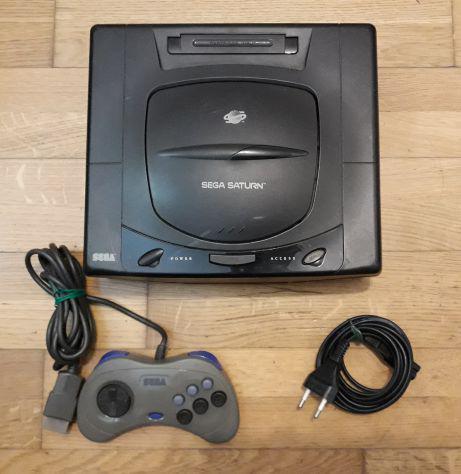 "Console sega ""saturn"" pal + 2 giochi + controller originale"