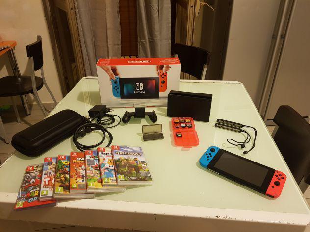 Nintendo switch con 7 giochi e accessori