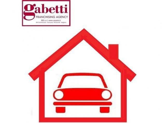 Box / garage di 17 m², box auto in vendita a roma