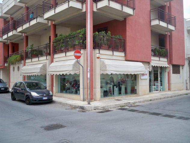 Locale commerciale mq 180 zona centro