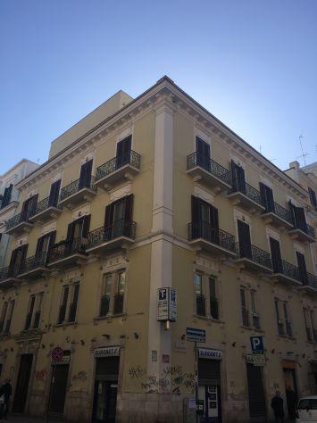 Rifinito appartamento via carulli angolo piazza balenzano