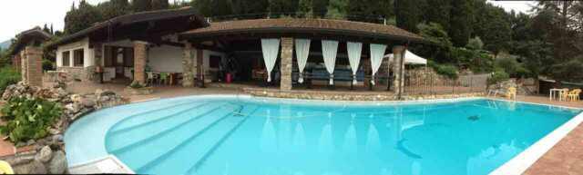 Villa + piscina + ristorante + parco 6500mt