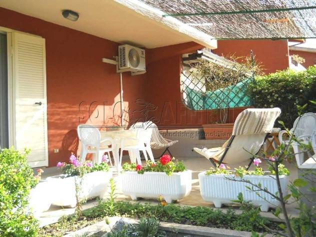 Villa a schiera in affitto a montauro, calalunga