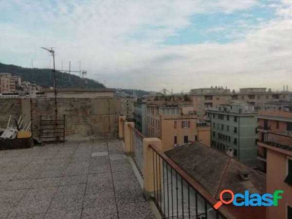 Genova appartamento in vendita 3 locali 59.000 eur t353