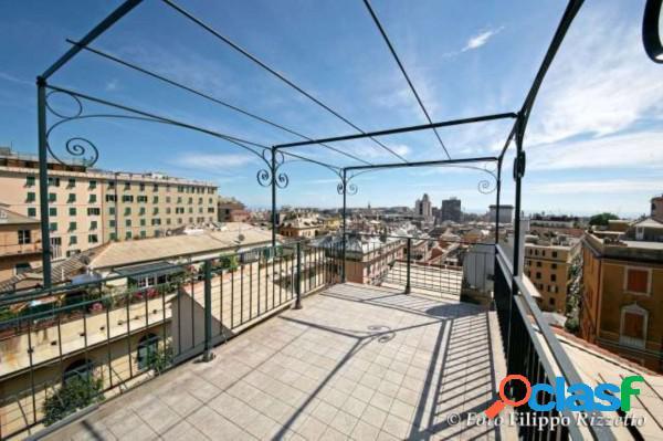 Genova appartamento in affitto 6 locali 1.100 eur a613