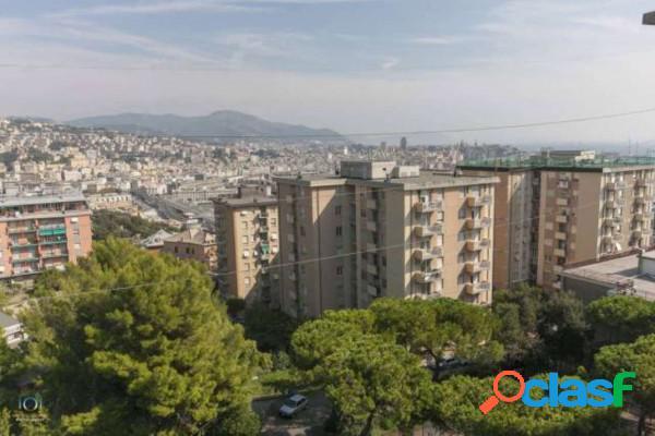 Genova appartamento in affitto 3 locali 450 eur a304