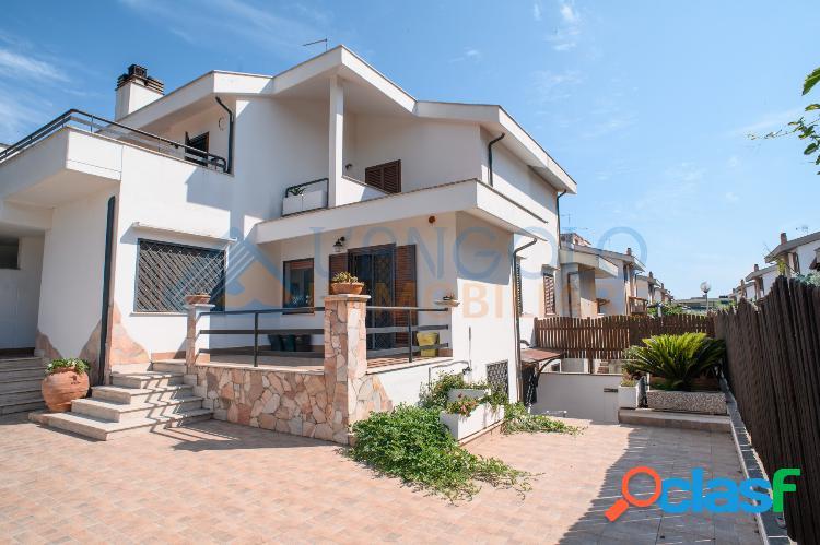 Centro - splendida villa ristrutturata € 339.000 t502