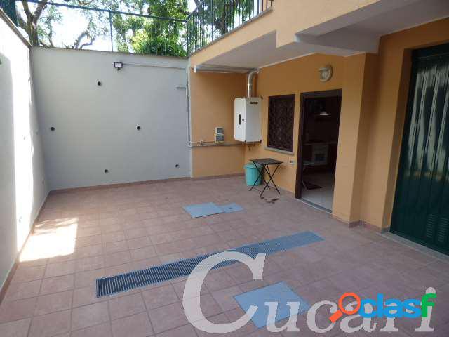Fga5 appartamento in villa 75 mq grottaferrata