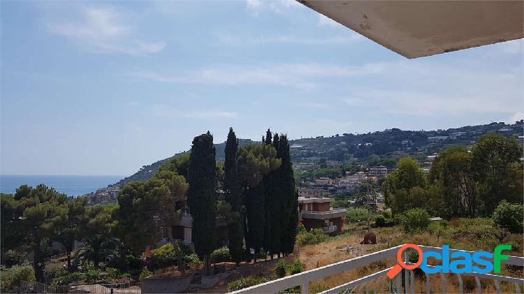 Sanremo, ultimo piano, vista mare, terrazza