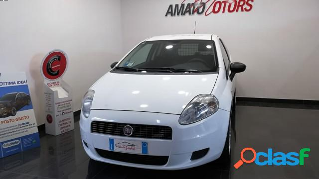 Fiat grande punto diesel in vendita a mazzarrone (catania)
