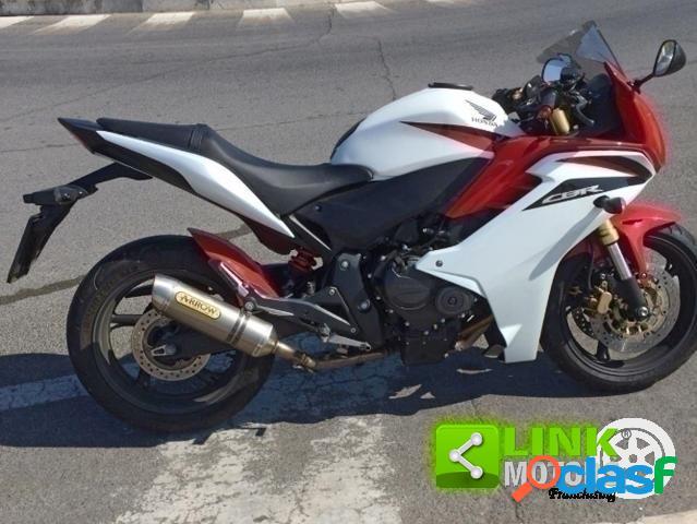 Honda CBR 600 F benzina in vendita a Latina (Latina)