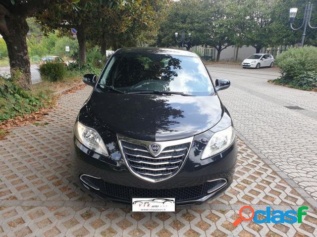 Lancia ypsilon benzina in vendita a aversa (caserta)
