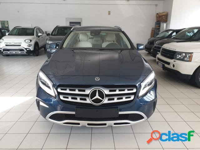 Mercedes classe gla diesel in vendita a castellammare di stabia (napoli)