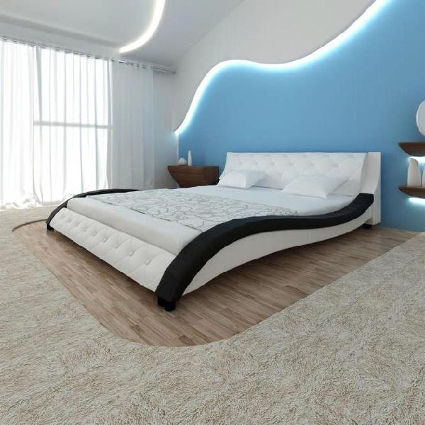 Vidaxl letto in ecopelle pu con materasso 200 x 180 cm nero