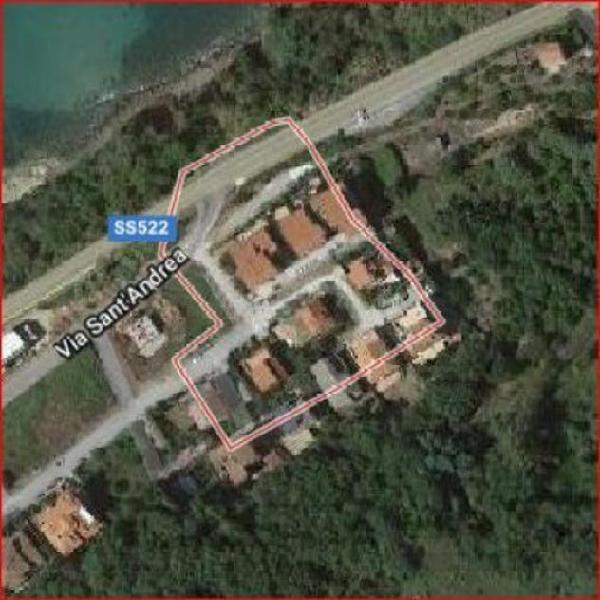 Terreno di 1200 m² in vendita a vibo valentia