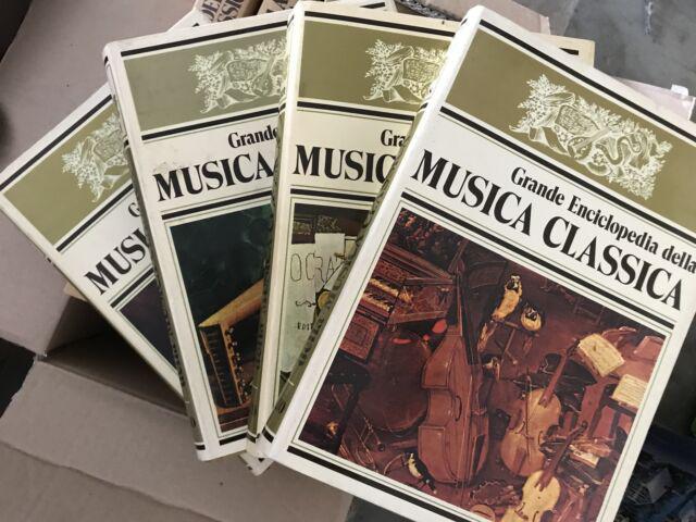 Vendo collezione di musica classica in vinile con i libri