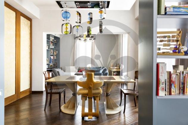 Attico / mansarda di 230 m² con più di 5 locali in affitto