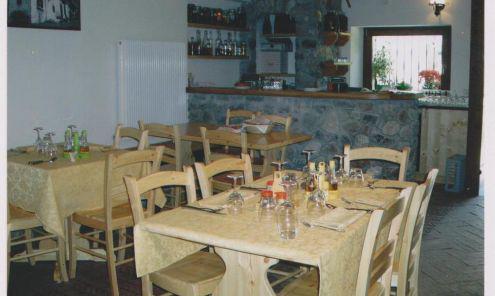 Arredi agriturismo ristoranti prezzo fabbrica:tavoli 150 x