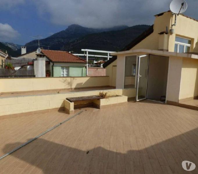 Bilocale con terrazzo e box, a 5 minuti dal mare