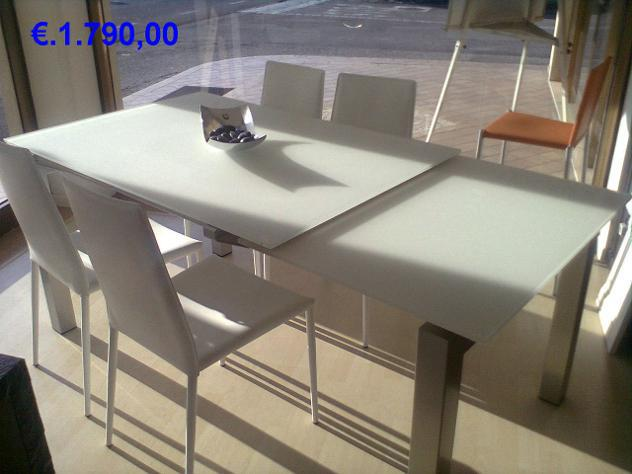 Elimino tavolo + sedie della calligaris stock expo euro