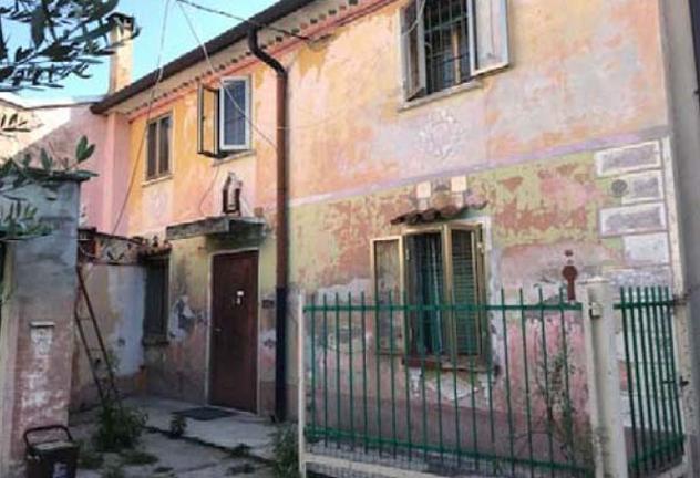 Immobile in asta di 169 m² con 4 locali in vendita a Erbè