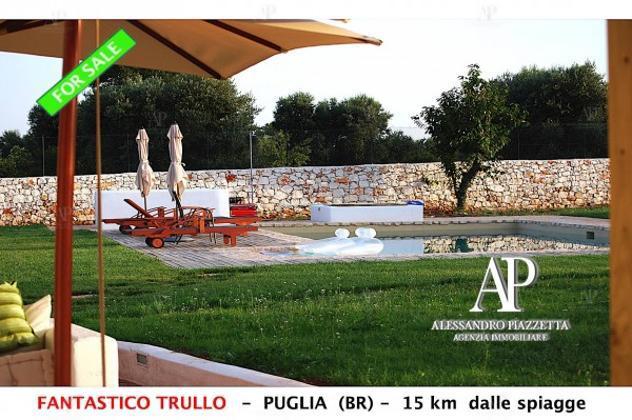Rustico / casale di 250 m² con più di 5 locali in vendita