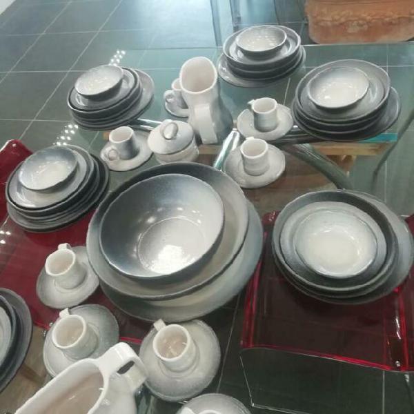 Servizio ceramica artigianale da tavola completo ar
