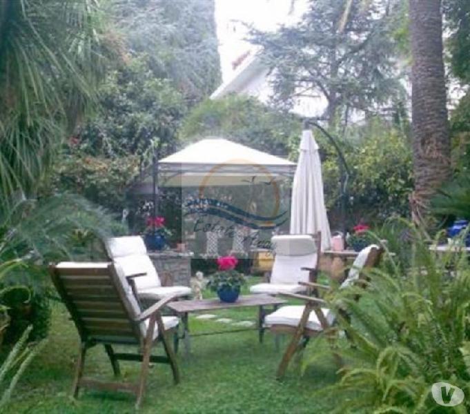 Iv710 vendita in esclusiva a bordighera villa vista mare