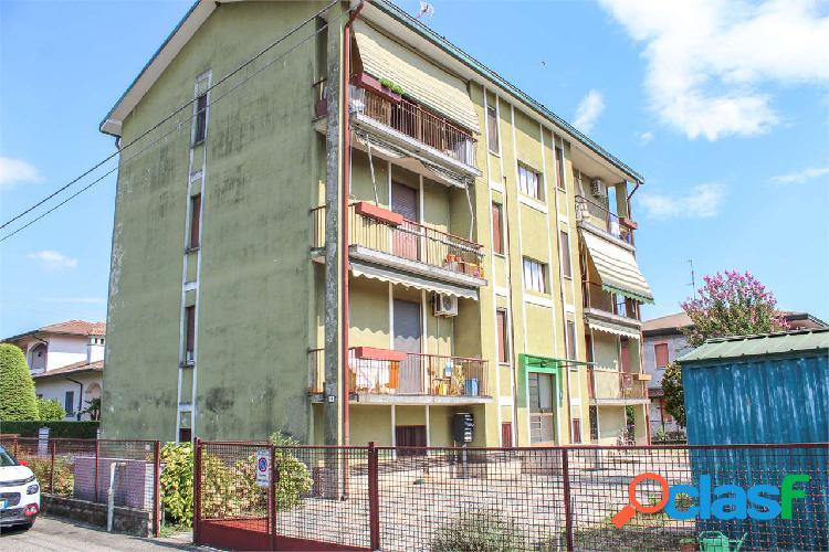 3 locali in piccola palazzina a Bernate Ticino 2