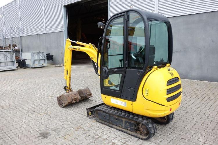 Escavatore jcb 8018 2006