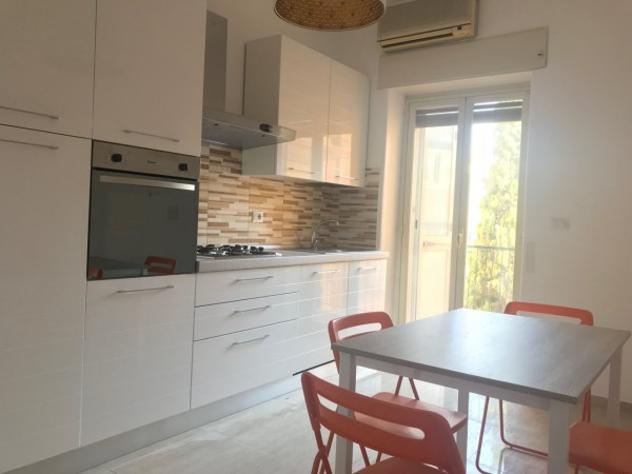 Appartamento di 139 m² con 4 locali e box auto in affitto a