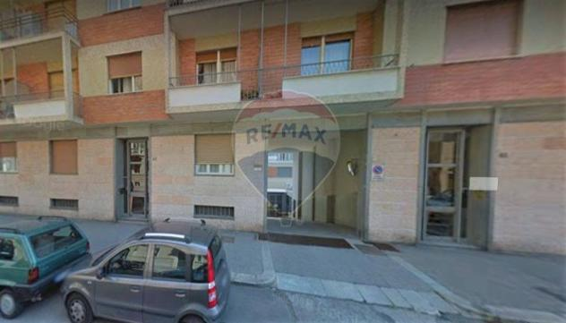 Box / garage di 31 m² con 1 locale e box auto doppio in