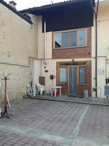 Casa indipendente di 90 m² con 4 locali in affitto a
