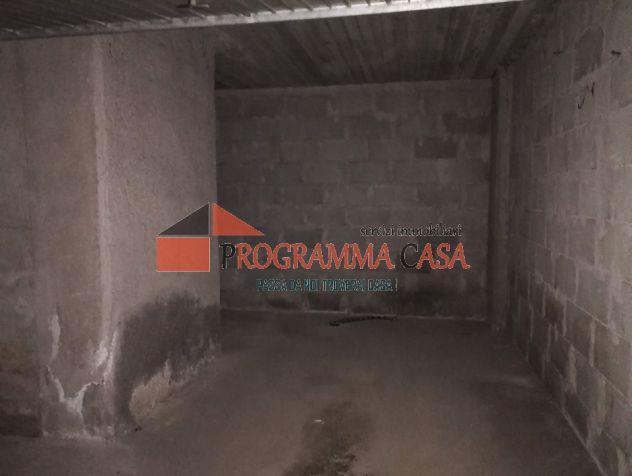 Torvaianica centro box auto anche uso investiment